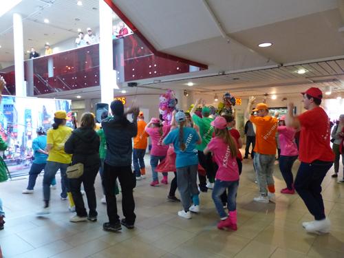 Ballonverkauf zugunsten insieme im City-Märt Aarau