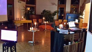Erstmals Karaoke in der Stiftung für Sozialtherapie in Egliswil